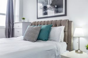 short stay apartment rentals in Toronto
