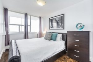 Short term rentals in Toronto