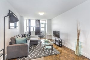 Short-Term Toronto Rental Stay in Mid-Town Toronto