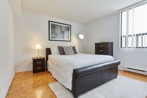 Affordable short-term rental in Toronto